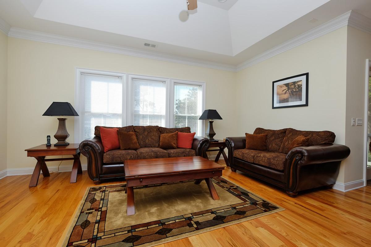 Myrtlewood One Bedroom Living Room